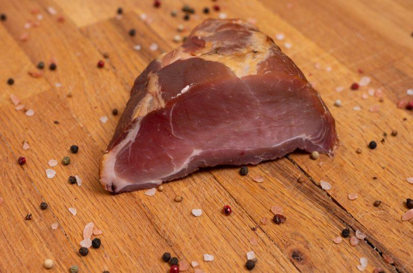 Șonc din Banat (Jambon de porc sărat și afumat)